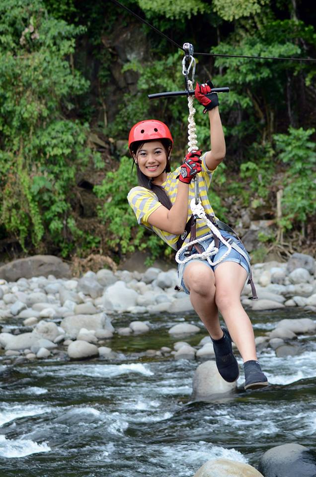 johnnys-ridge-zipline-2