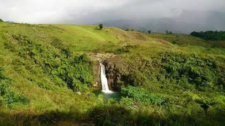 mailig-waterfalls-claveria